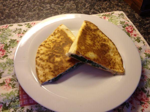 Quesadillas  zapekané tortilly so syrom |