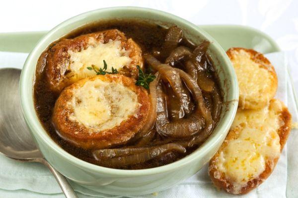 Originálna francúzska cibuľová polievka |