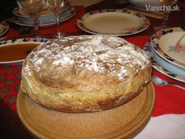 Vianočný zemiakový chlieb  Recept