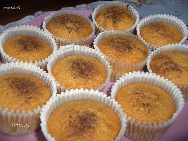 Dvojfarebné muffiny s horkou čokoládou |