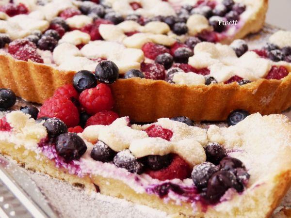 Čučoriedkovo-malinový koláč z krehkého cesta ...