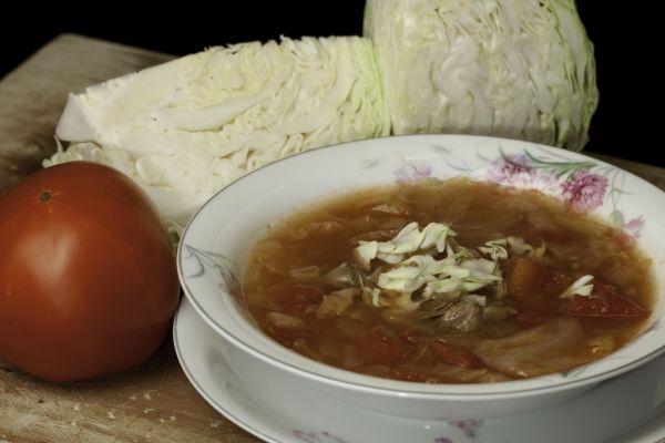 Rajčinová polievka s kapustou |
