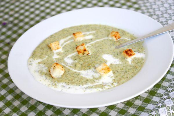 Pikantná cuketová polievka |