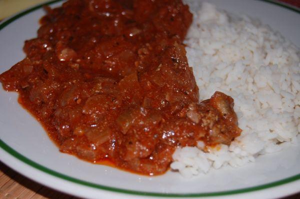 Kuracie pečienky na paradajkovej omáčke  