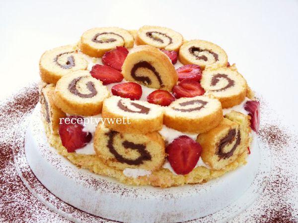 Roládová mini torta s jahodami |