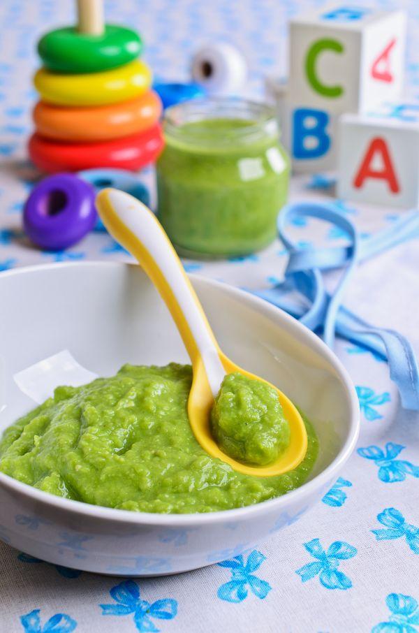 Brokolicový príkrm pre dojčatá s kalerábom |