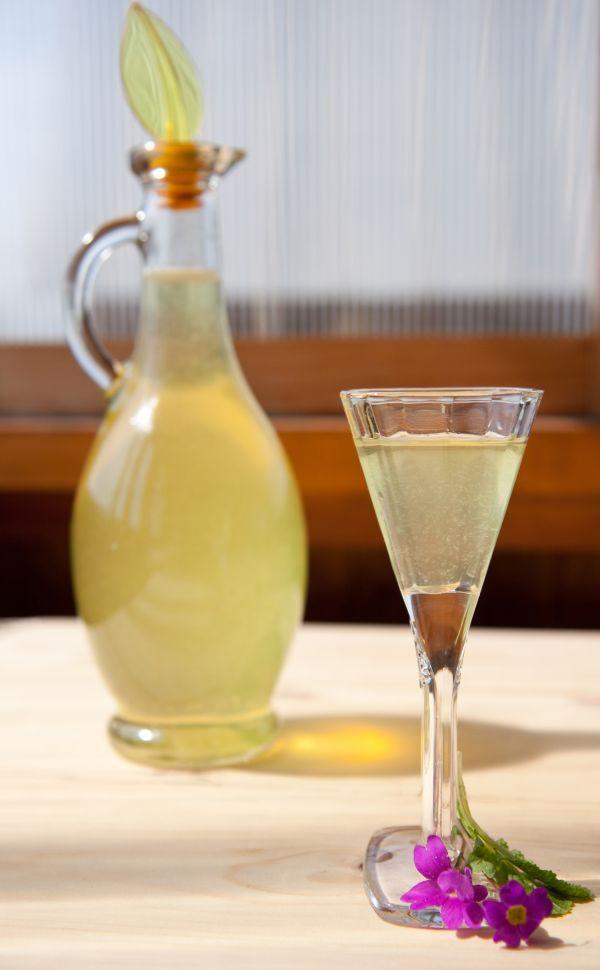 Medový citrónový likér |