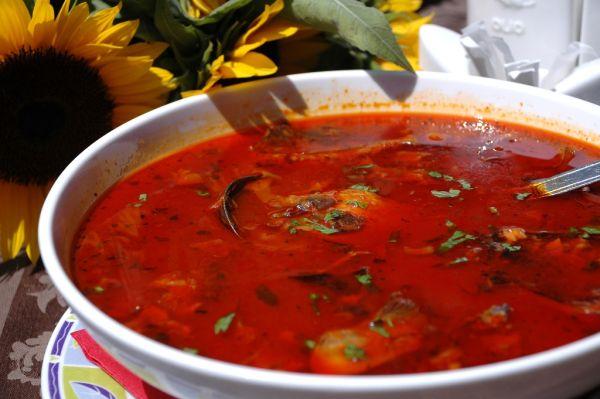 Rajčinová polievka so zemiakmi |