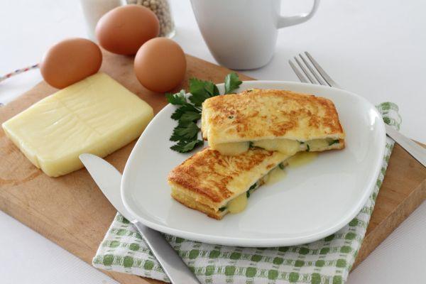 Sendvič vyprážaný vo vajciach  