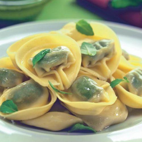 Domáce tortellini so špenátom a tvarohom |