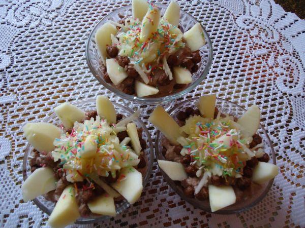 Jablkovo-čokoládový dezert |