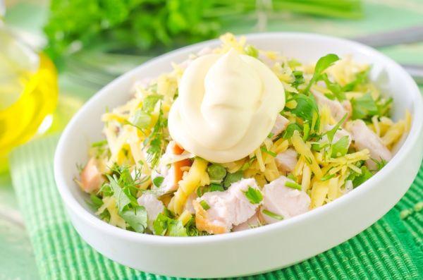 Miešaný šalát s majonézou |
