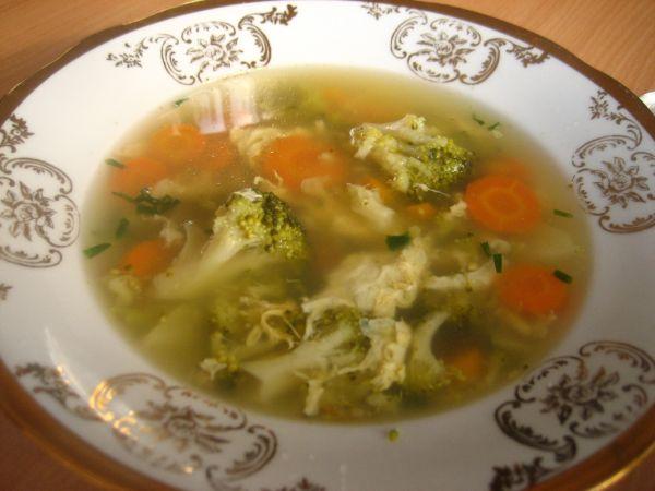 Brokolicová polievka s mrkvou |
