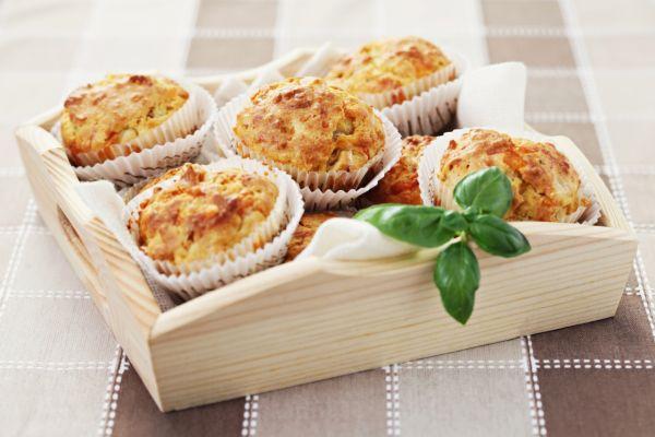Slané muffiny so šunkou a syrom |