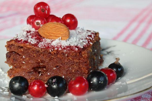 Kakaovo-cuketový VEGAN koláč |