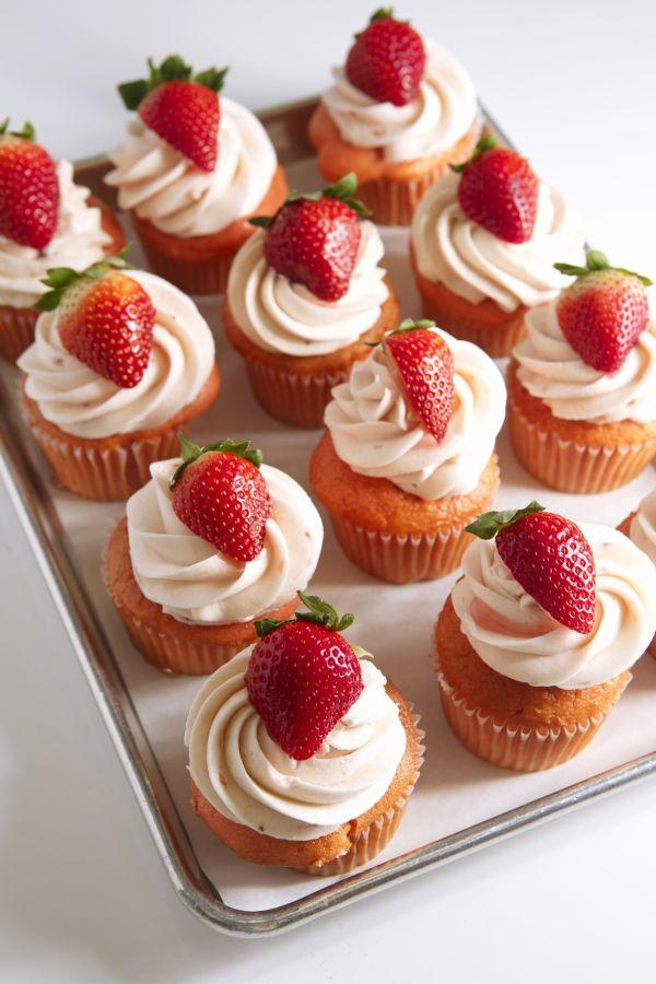 Jahodové cupcakes |