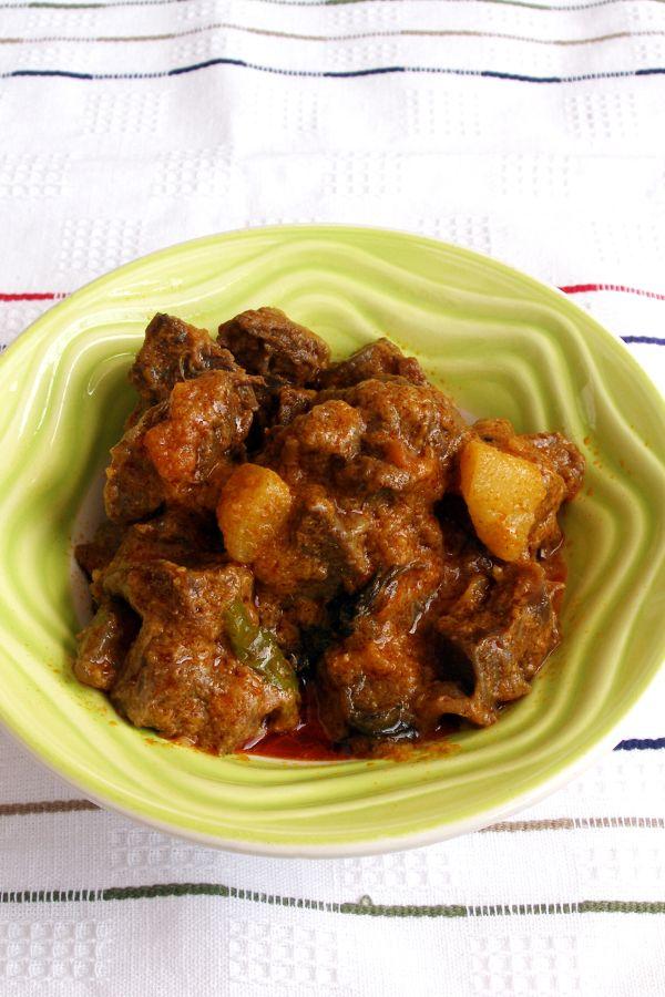 Zemiaky s baraním mäsom dusené  