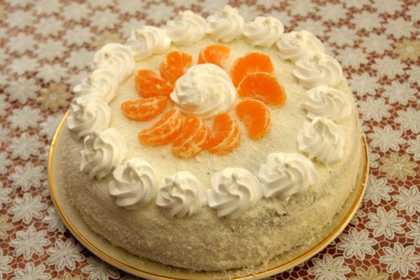 Tvarohovo-kokosová torta s mandarínkami |