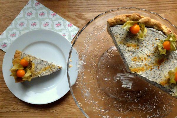 Tvarohovo-makový koláč s physalisom |