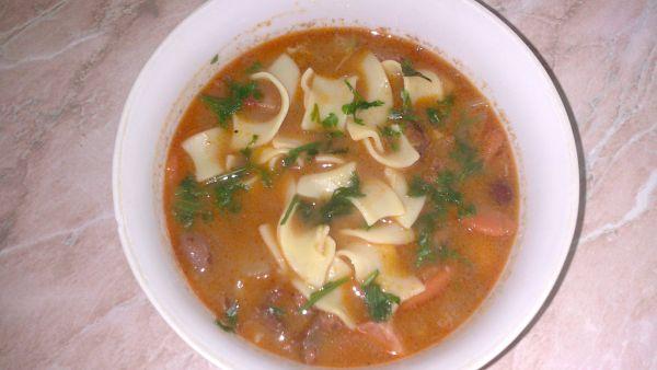 Fazuľová polievka od Malaciek so slížami |