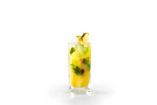 Pomarančový nealko nápoj |