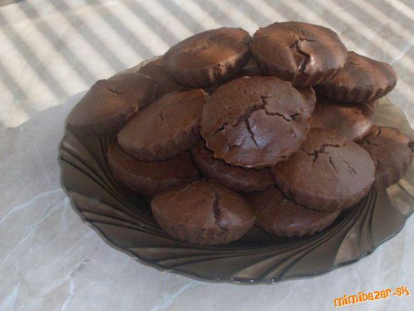 Čokoládovo-čokoládové muffiny s čokoládou.....=D  RECEPT 16811