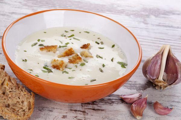 Cesnaková krémová polievka |