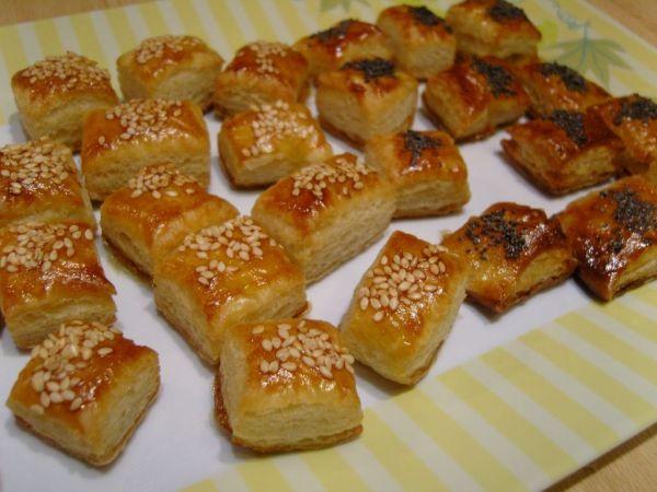 Slané koláčiky so syrom, sezamom a makom ...