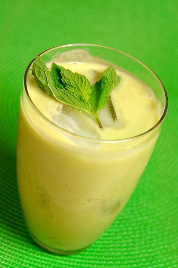 Zelené smoothie s avokádom a jablkami |