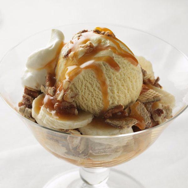 Vanilkovo – karamelový zmrzlinový pohár |