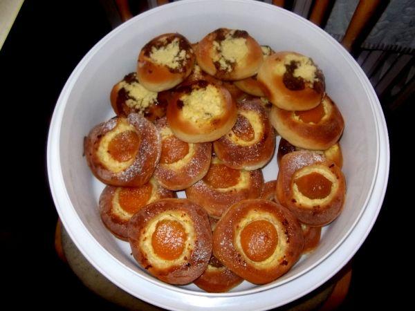 Svadobné kysnuté koláčiky |