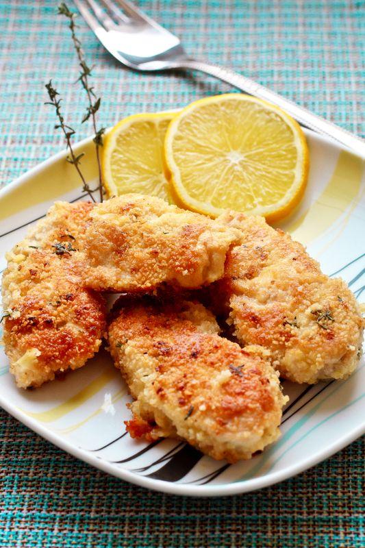 Vyprážané kuracie mäso ochutené citrónom |