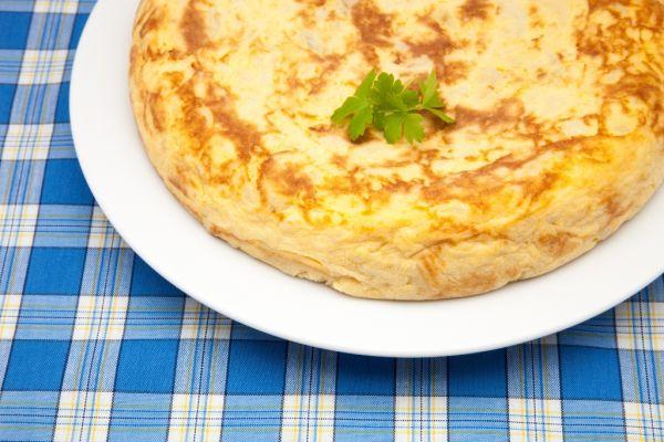 Omeleta so zemiakmi |
