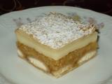 Jablkovo-pudingový koláč z lístkového cesta