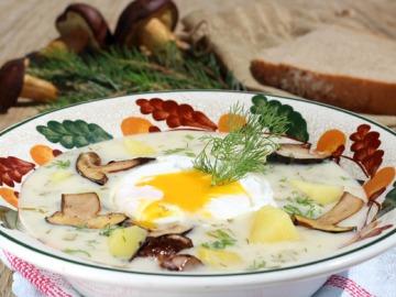 Kulajda s houbami a zastřeným vejcem  Recepty na každý den