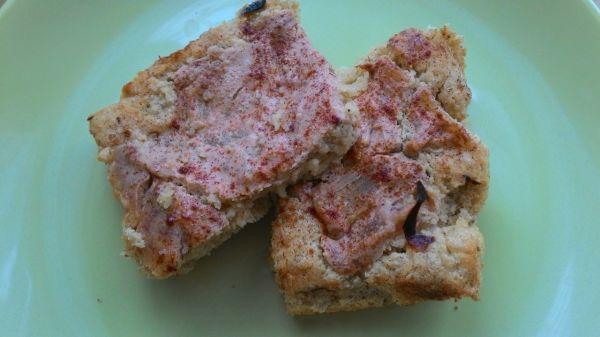 Ananásový koláč z ovsených vločiek a tofu krémom |