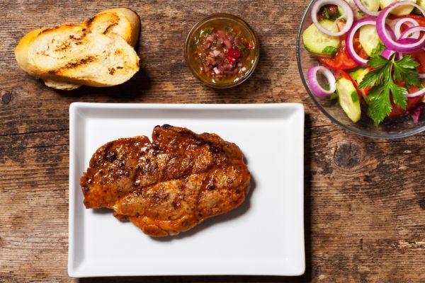 Steak s chimichurri marinádou |