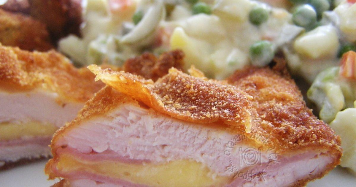 Plnený bravčový rezeň a zemiakový šalát, fotogaléria 1 / 7.