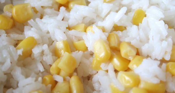 Ryža s kukuricou |