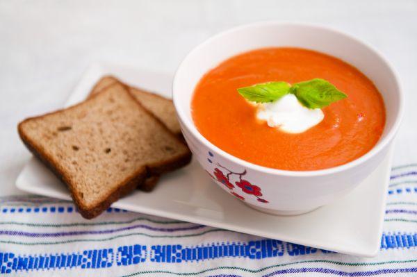Montrealská paradajková polievka |