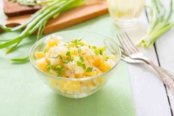 Šalát zo zemiakov a cibule |