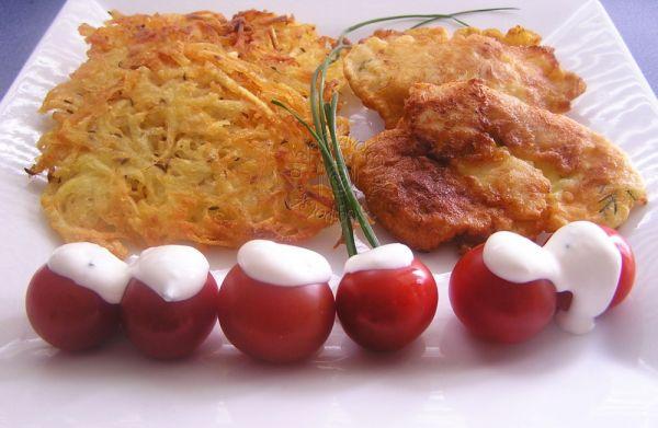 Kuracie rezne v cestíčku a zemiakové rosty |