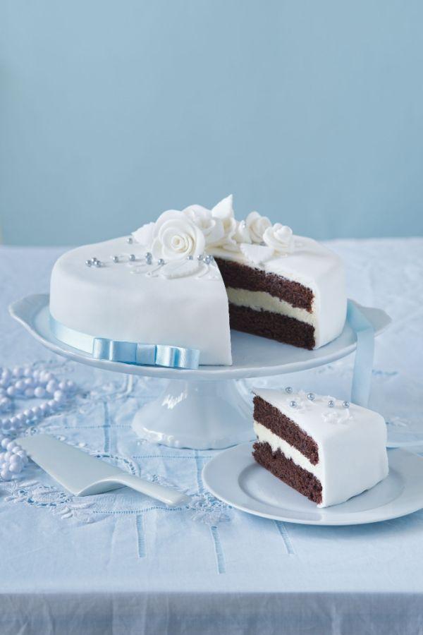Svadobná čokoládová torta |
