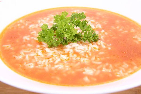 Rajčinová polievka s ryžou |