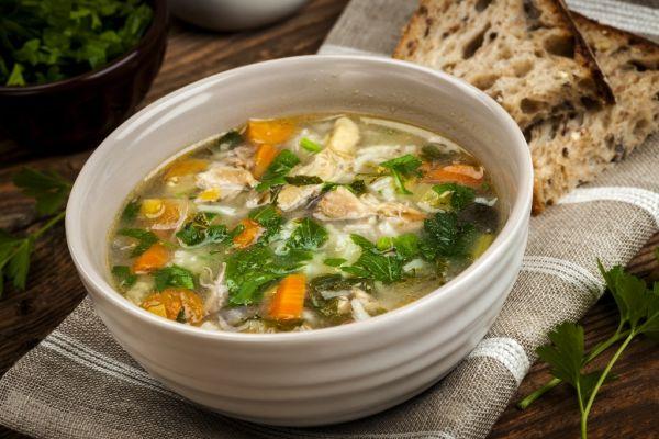 Vločková polievka so zeleninou |