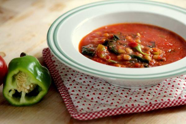 Paradajková polievka so špenátom |