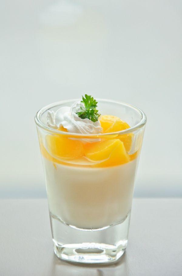 Pomarančový pohár s tvarohom |