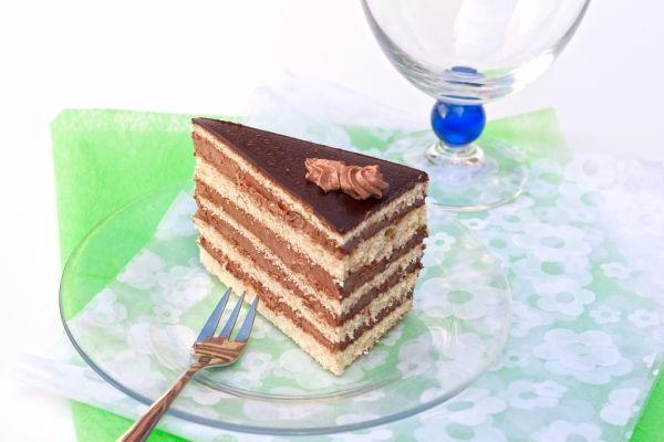Dobošová torta |