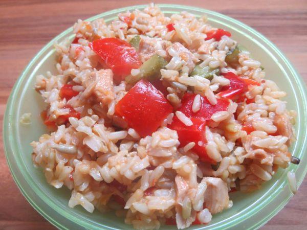 Kyslý šalát z nelúpanej ryže |