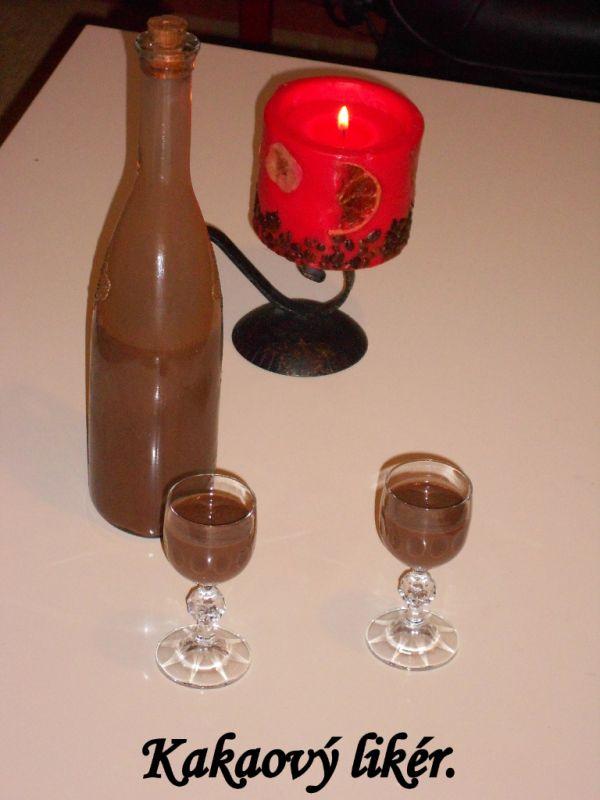 Domáci kakaový likér |